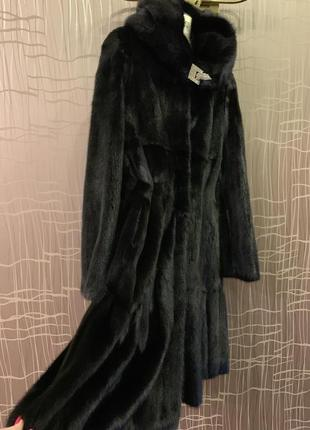 Шикарная чёрная норковая шуба с капюшоном как blackglama