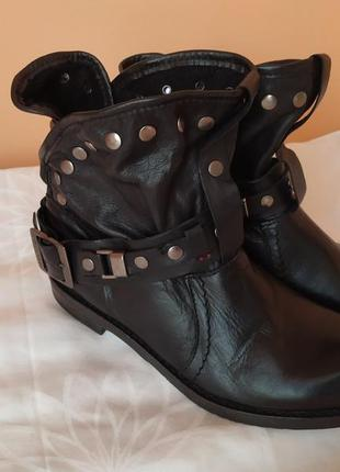 Кожаные ботиночки!!37 розмер!!