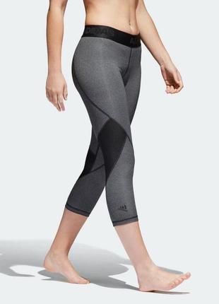 Укороченные леггинсы adidas размер l оригинал