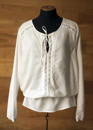 Красивенная белая блуза, размер l