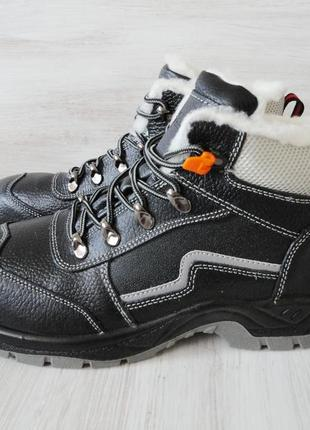 Зимние кожаные ботинки непромокающие, размеры в наличии: 42, 4...