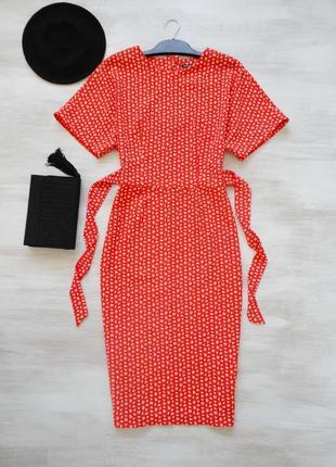 Платье миди warehouse ярко-красное в мелкий принт, с поясом