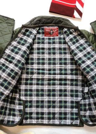 Куртка стёганая цвета хаки, хлопковая подкладка в клетку