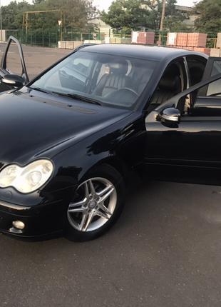 Mercedes Benz c280 4 matic 2005