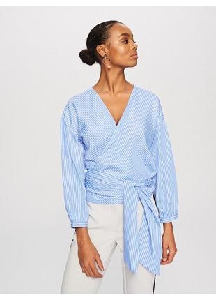 Стильна блуза в полоску на завязку