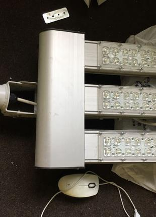 Прожекторы за полцены 75-100Вт уличные ip65 на столб 5-10 метров
