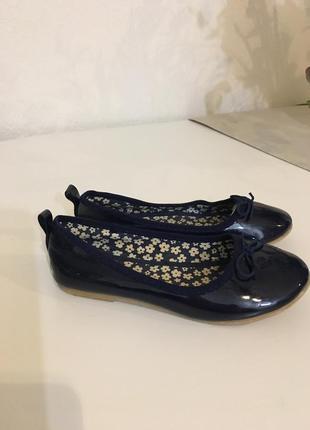 Нарядные туфли h&m 28 размера
