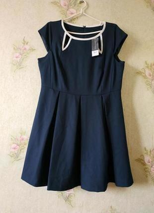 Новое фактурное платье dorothy perkins