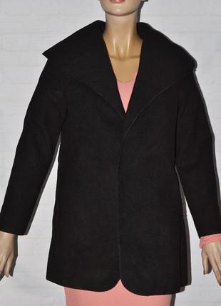 Черное женское пальто на демисезон под пояс + сумка
