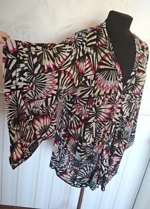 Трикотажная блуза с интересными рукавами, размер 50-52.
