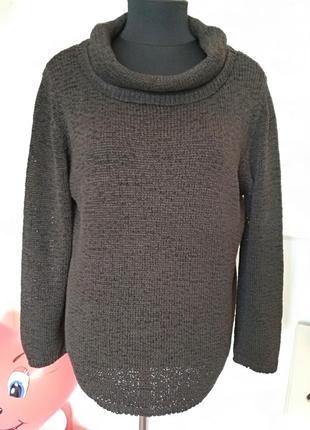 Красивый свитер с хомутом цвета темного шоколада, размер 58-60.