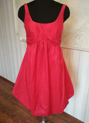 Шикарное коктейльное платье алого цвета, размер 46-48.