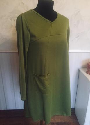 Оригинальное платье с кармашком, размер м, подойдет на 46-48.