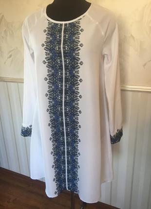 Тоненькое платье-туника размер м, подойдет на 46-48.