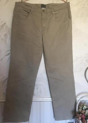 Качественные котоновые брюки, размер 52-54.