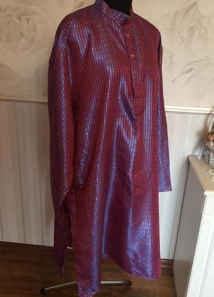 Шелковистое платье-туника с разрезами, размер 54-56.