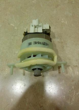 Мотор к кухонному комбайну Bosch MCM 5380