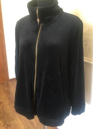 Велюровая спортивная куртка большого размера 62-64.