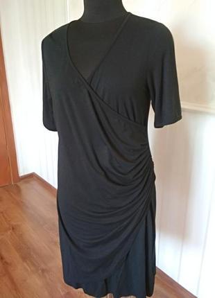Красивое трикотажное платье размер 50-52  (20uk).