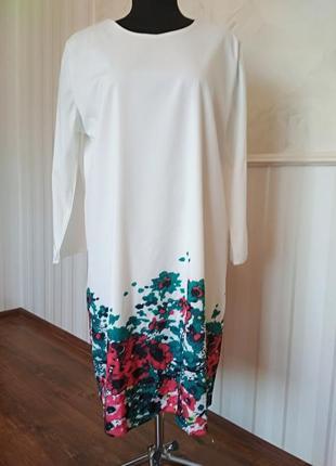 Шикарное платье с цветочным принтом, размер 50-52.