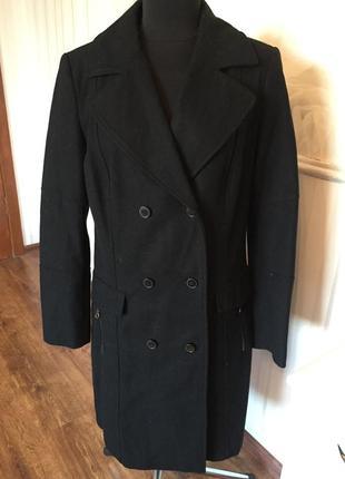Красивое пальто очень хорошего качества размер 48-50 (46 европ...