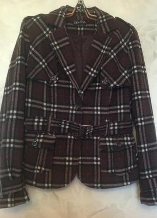 Стильная шерстяная куртка-жакет на подкладке, размер 48-50.