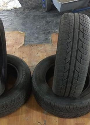 Продам комплект зимних шин Тоуо Snowprox 195/65/15