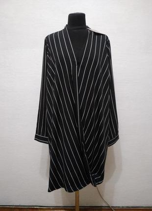 Стильная удлиненная блуза boohoo большого размера