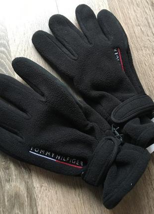 Tommy hilfiger мужские,зимние перчатки.
