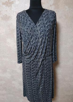 Стильное трикотажное платье на запах, размер 44-46