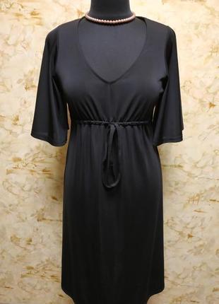 Очень классное роскошное платье , насыщенного черного цвета, р...