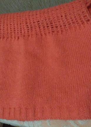 Классный вязаный снуд ( хомут) яркого кораллового цвета