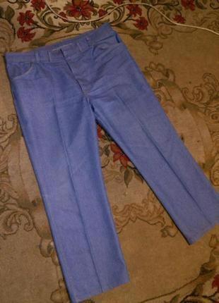 Качественные,плотные джинсы,высокой посадкой,от 110-114,бол.18...