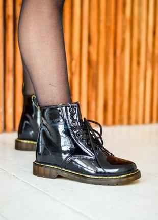 Зимние женские ботинки dr. martens 1460 patent black