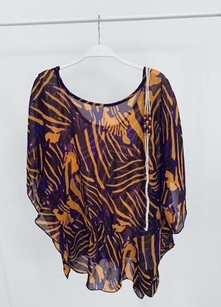 Легкая блуза-разлетайка с ремешком