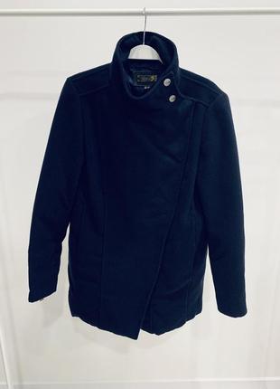 Пальто темно-синее mango