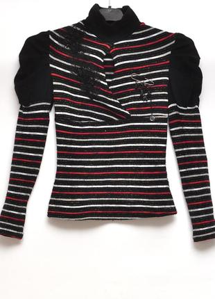 Нарядный черный свитер