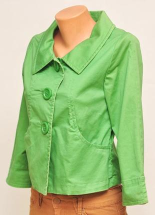 Зеленый весенний жакет.