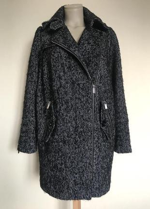В наличии - твидовое деми-пальто кокон *lindex* р. s - 55% шер...