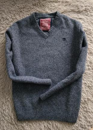 Теплый,шерстяной пуловер от немецкого бренда mcneal.