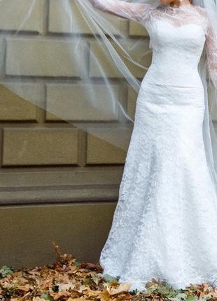 Продам свадебное платье из шикарного кружева. Недорого