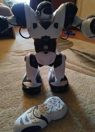 Детская игрушка,интерактивный робот