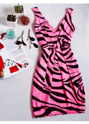 Коктельное шикарное платье по фигуре