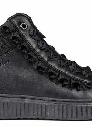 Шикарные ботиночки geox оригинал