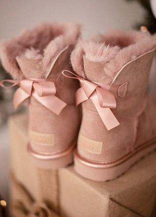 Ugg bailey bow mini pink угги женские розовые с бантиком