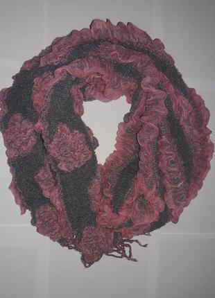 Красивый обьемный шарф