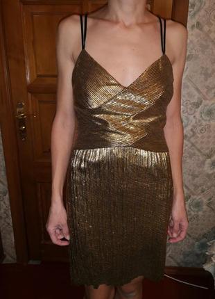 Золотое вечернее коктельное платье