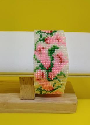 """Браслет с розовыми цветами """"колокольчики"""""""