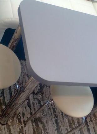 Кухонный стол Swiss Krono