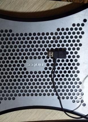 Подставка под ноутбук, нетбук охлаждающая